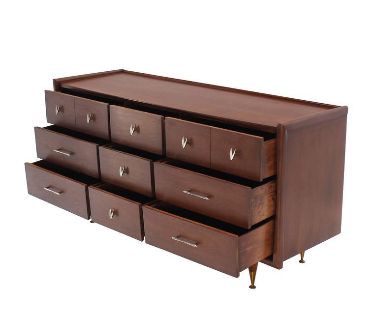 Mid Century American Modern Walnut Dresser For Sale 1