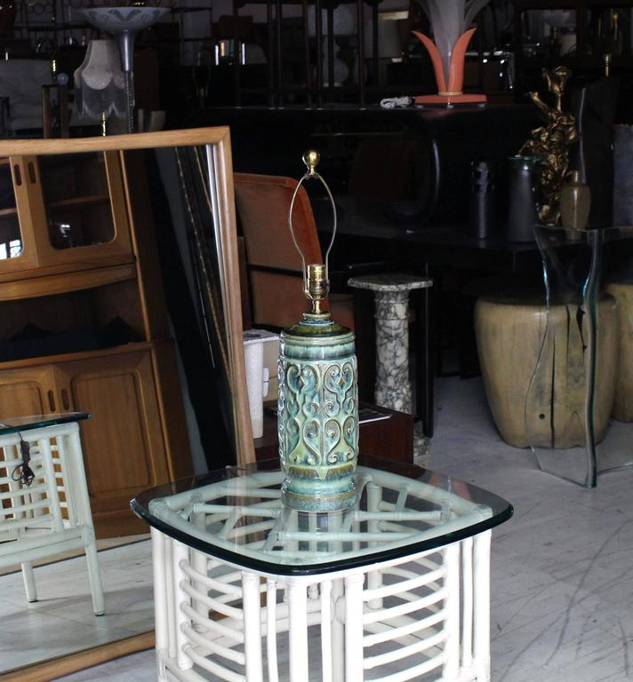 Very nice pattern Mid-Century Modern art pottery table lamp. Nice olive green glaze over ceramic base.