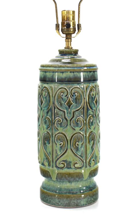Mid-Century Modern Art Pottery Table Lamp For Sale