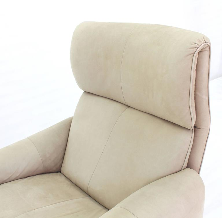 20th Century Beige Suede Leather Lounge Chair with Matching Ottoman For Sale