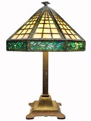 Elegant Stained Glass Boudoir Table Lamp