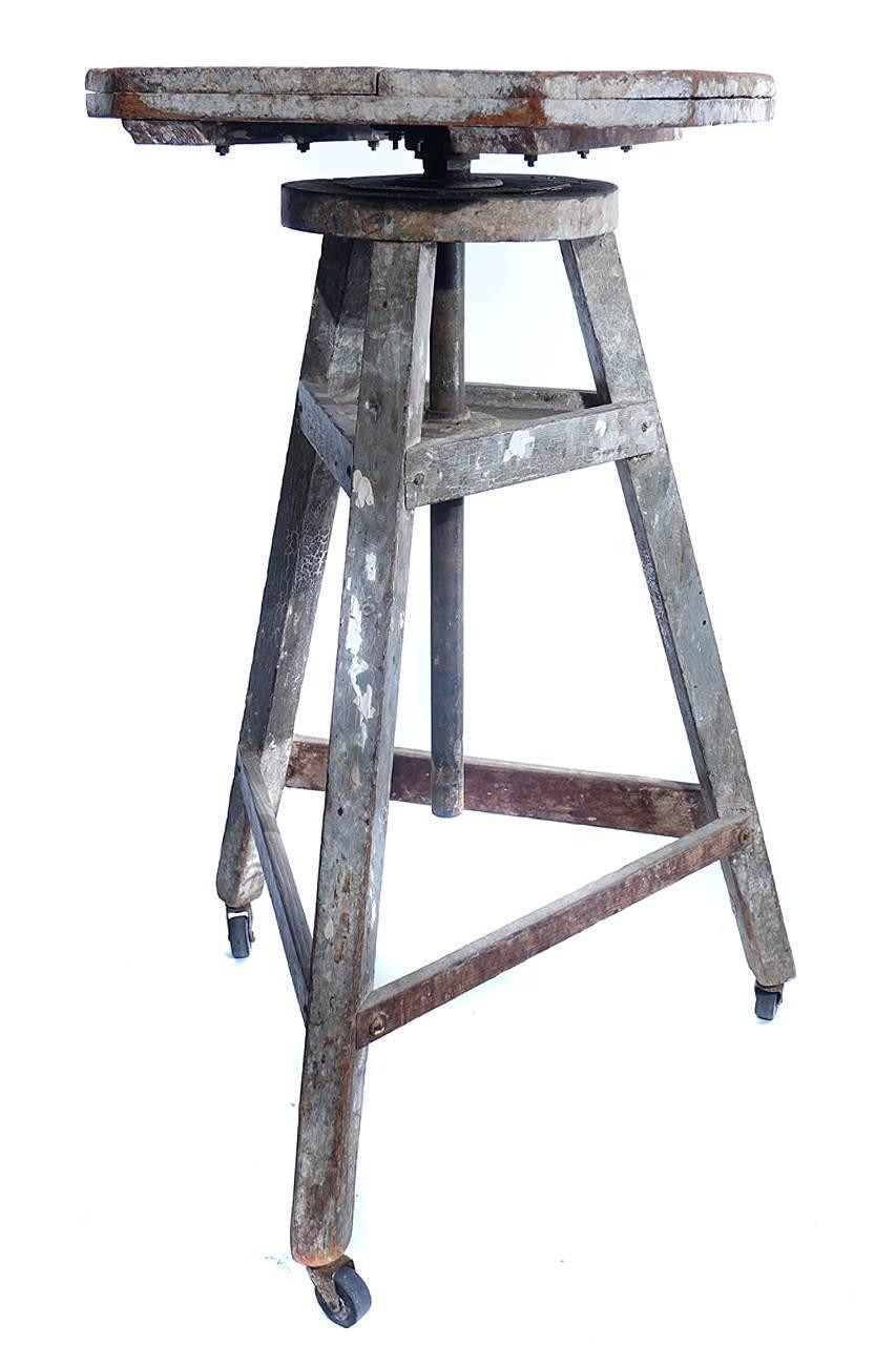 rotating sculpture work table for sale at 1stdibs. Black Bedroom Furniture Sets. Home Design Ideas