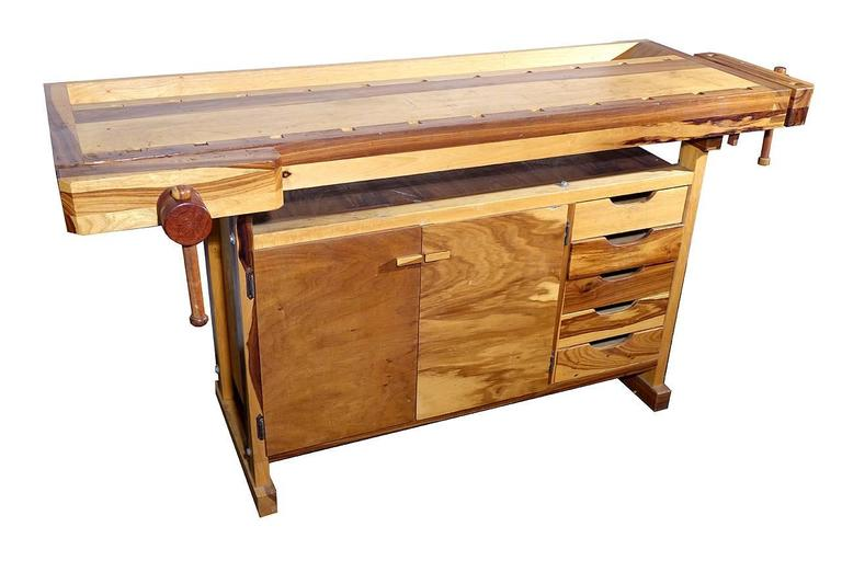 Beautiful Contrasting Wood Carpenters Work Bench 2