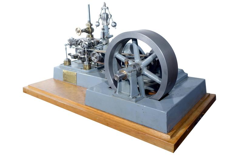 Complex Working Corliss Steam Engine Model 6