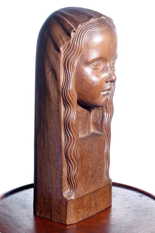 American Finely Carved Art Deco Sculptural Head Signed Gori For Sale