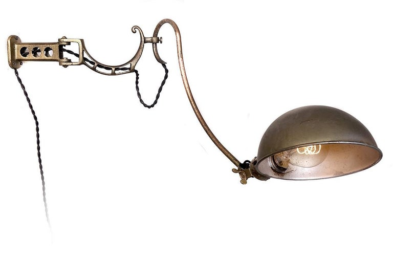 Faries Company Dental Lamp 2