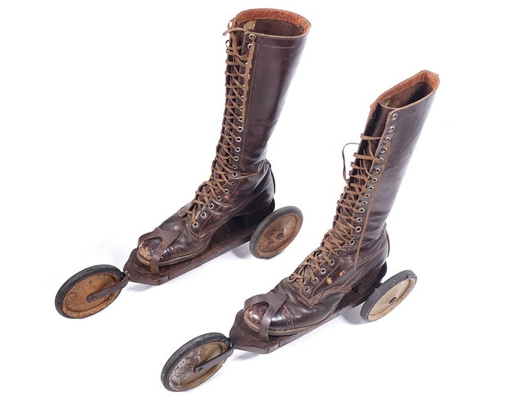 Roller Skates, circa 1910s In Excellent Condition For Sale In Peekskill, NY