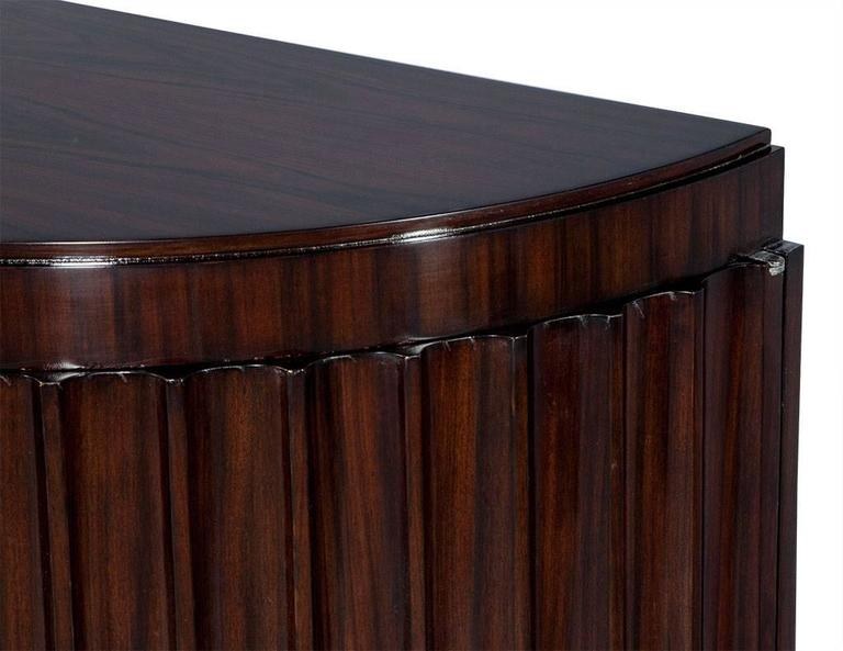 Pair of Art Deco Fluted Commodes in Rosewood For Sale 3