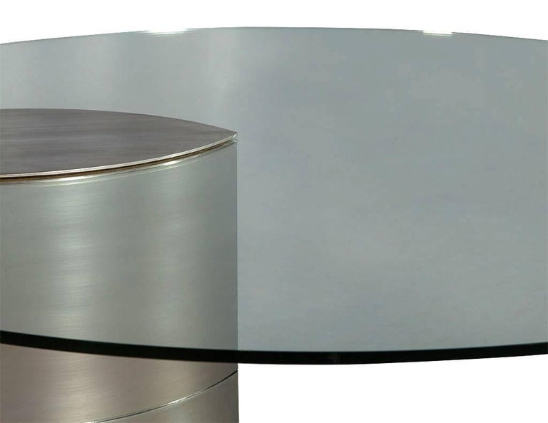 Round Glass and Chrome Abstract Dining Table In Good Condition For Sale In North York, ON