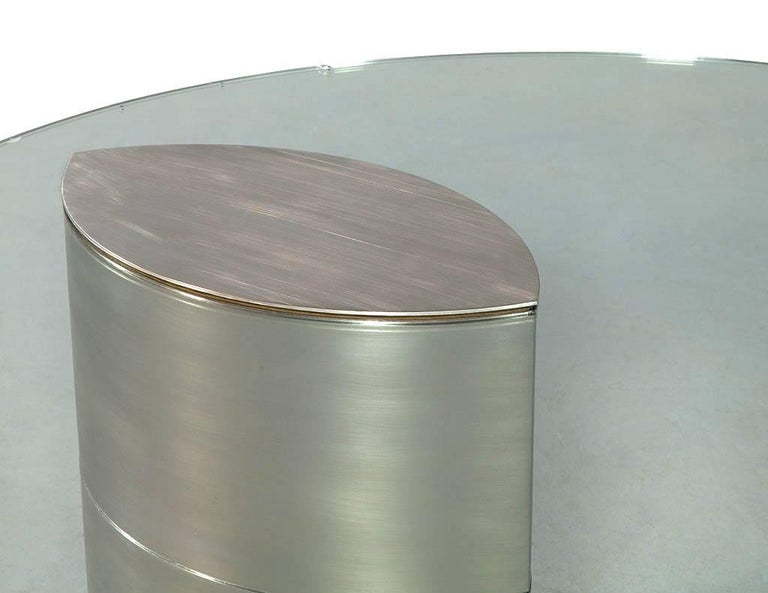 Late 20th Century Round Glass and Chrome Abstract Dining Table For Sale
