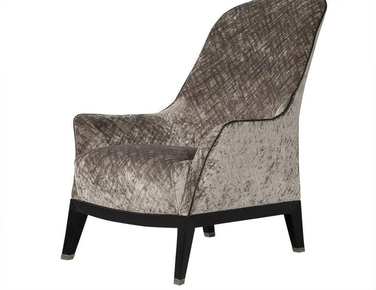 Gorgeous High Back Lounge Chair In Excellent Condition For Sale In North York, ON