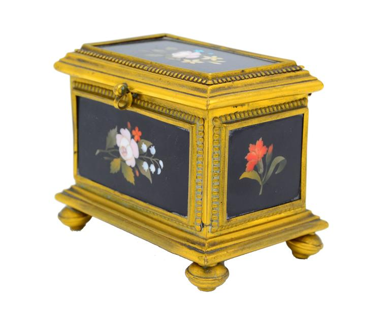 Hand-Painted Ormolu-Mounted Jewelry Casket For Sale