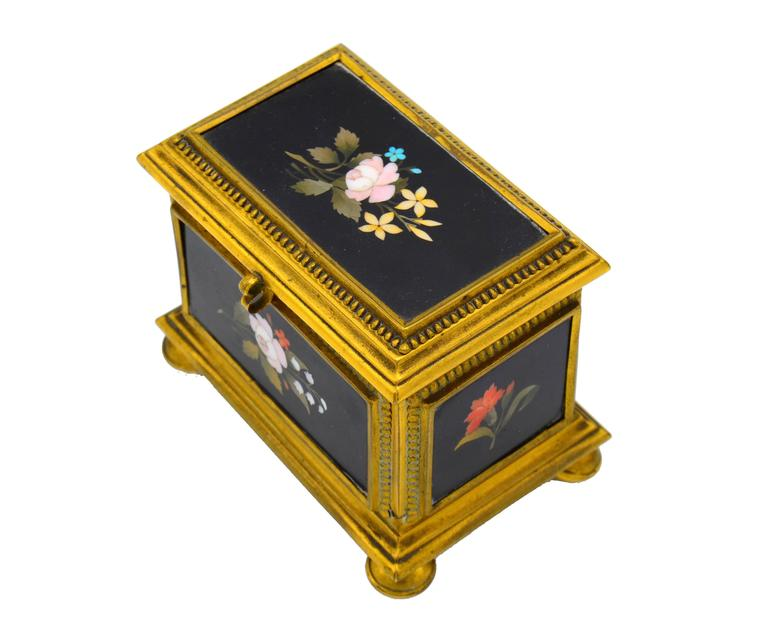 Ormolu-Mounted Jewelry Casket In Good Condition For Sale In Miami, FL