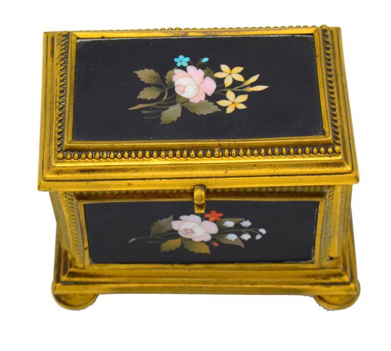 Late 19th Century Ormolu-Mounted Jewelry Casket For Sale