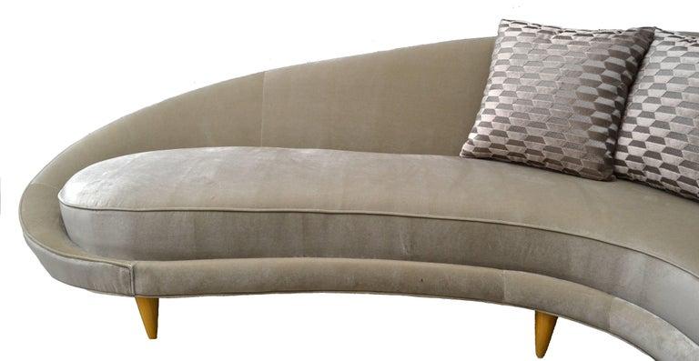 American Italian Style Sofa in the Style of Federico Munari For Sale