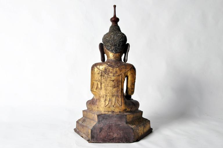 Shan Burmese Buddha Figure In Good Condition For Sale In Chicago, IL