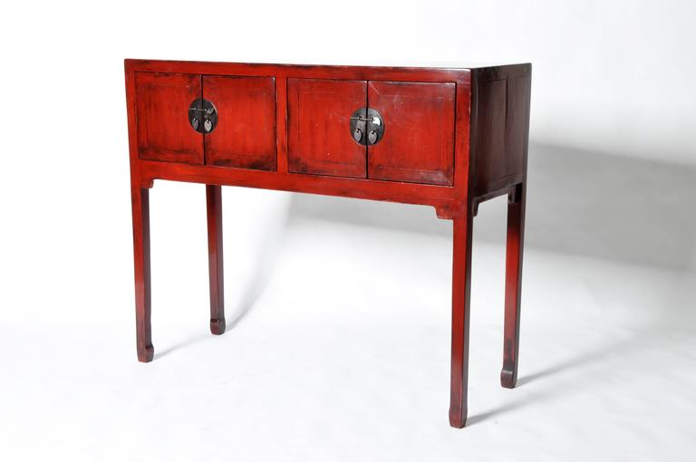 Chinese Red Lacquered Chest With Restoration In Excellent Condition For Chicago Il