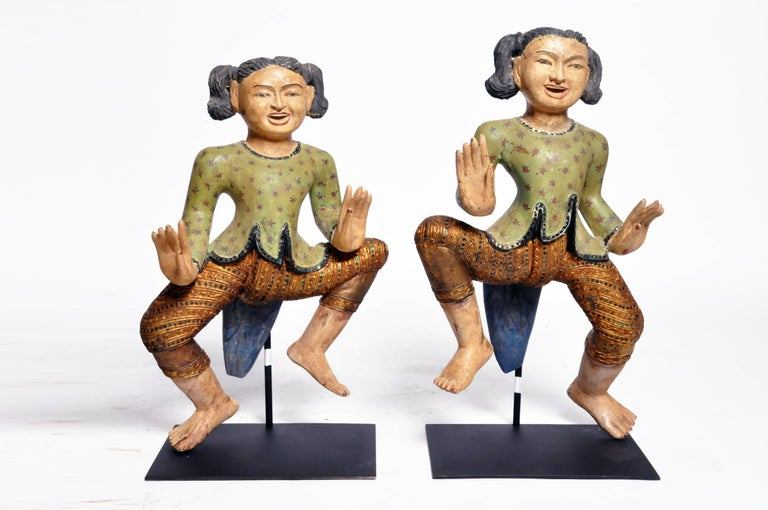 Carved Sculptures of Burmese Dancers In Good Condition For Sale In Chicago, IL