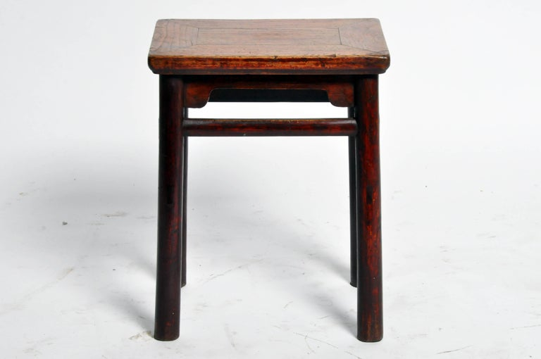 Elm Qing Dynasty Chinese Stool with Round Legs and Original Lacquer For Sale