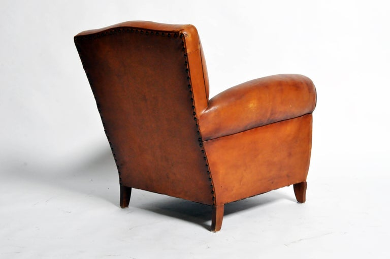 Mid-20th Century French Art Deco Leather Club Chair with Piping and Original Patina For Sale