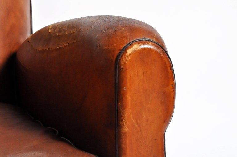 French Art Deco Leather Club Chair with Piping and Original Patina For Sale 6