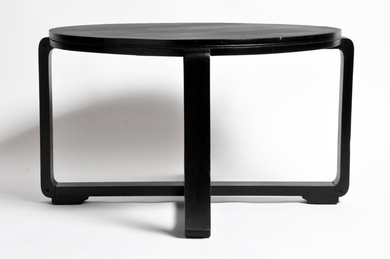 British Colonial Art Deco Tea Table In Good Condition For Sale In Chicago, IL
