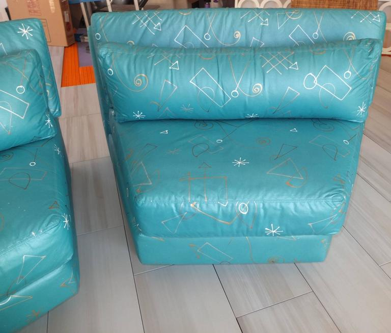 Pair of Wedge Shaped Slipper Chairs in Hand-Painted Fabric For Sale 3