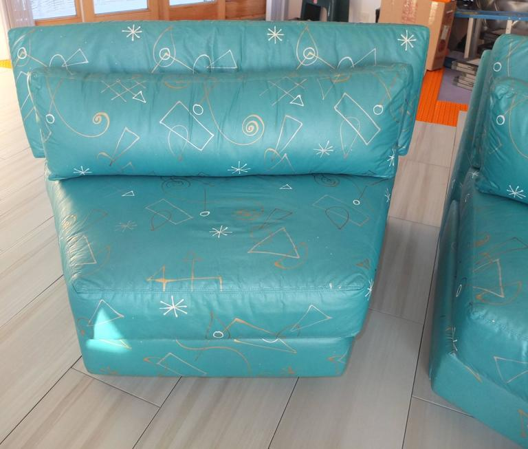 Pair of Wedge Shaped Slipper Chairs in Hand-Painted Fabric For Sale 4