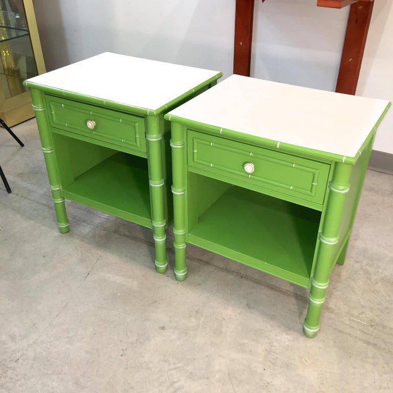 Mid-20th Century Pair of Hollywood Regency Green Bamboo Nightstands For Sale