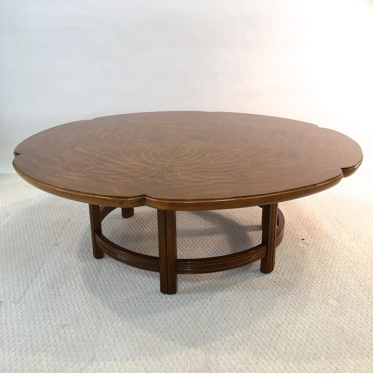 Mid-Century Modern John Widdicomb Scalloped Edge Round Cocktail Table with Inlay For Sale
