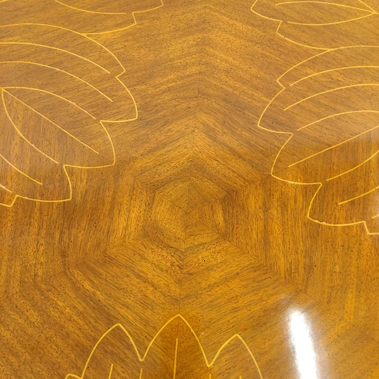 John Widdicomb Scalloped Edge Round Cocktail Table with Inlay For Sale 3