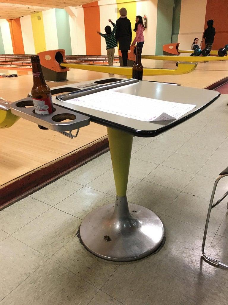 Vintage Brunswick Bowling Centre Pedestal Tables For Sale 8