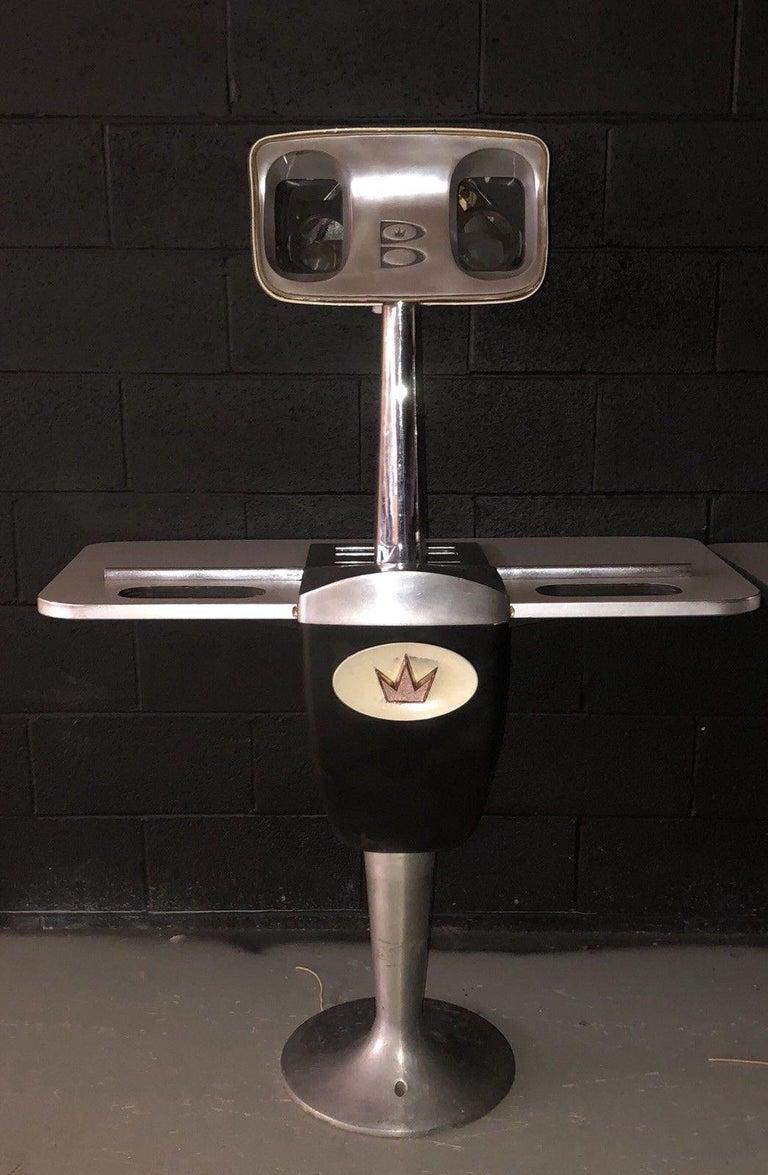 Vintage Brunswick Bowling Centre Pedestal Tables For Sale 10
