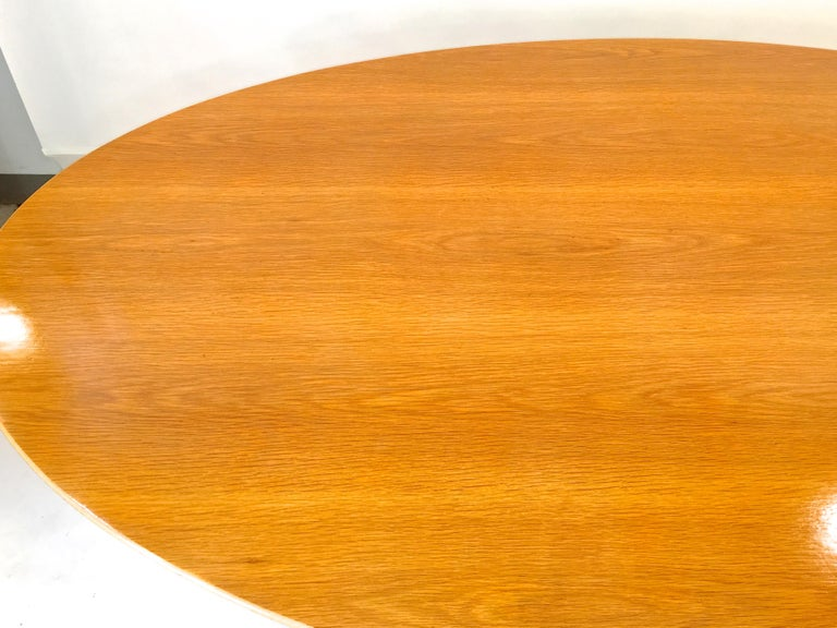 Florence Knoll Elliptical Oval Oak Table on Chrome X Base For Sale 2