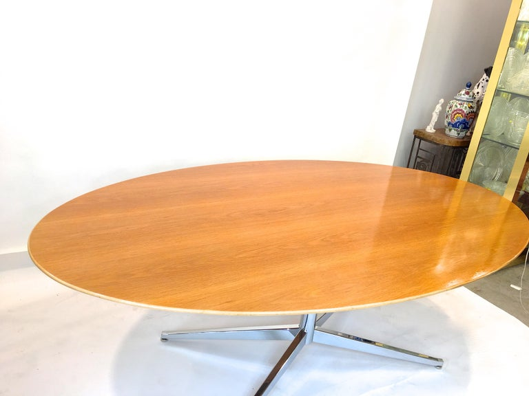 Florence Knoll Elliptical Oval Oak Table on Chrome X Base For Sale 6