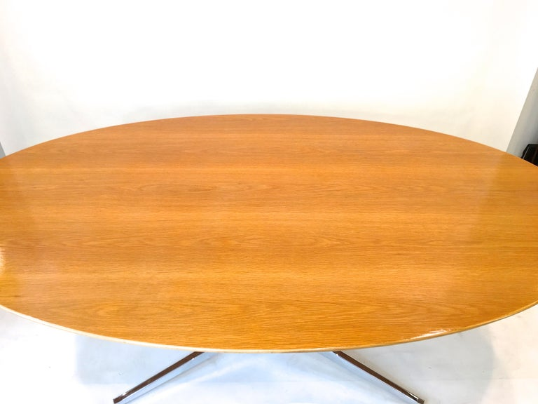 Florence Knoll Elliptical Oval Oak Table on Chrome X Base For Sale 1