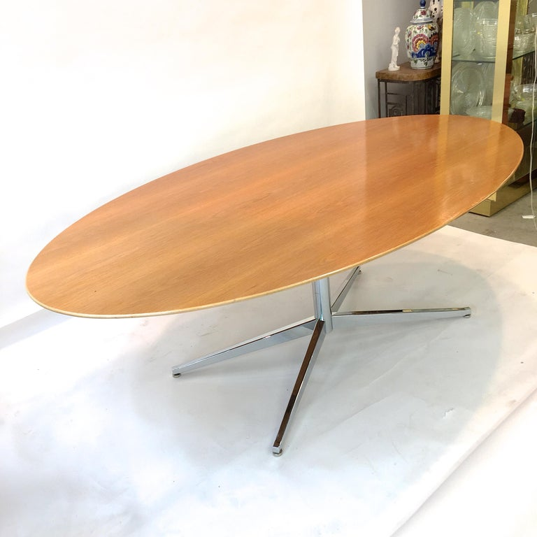 Florence Knoll Elliptical Oval Oak Table on Chrome X Base For Sale 11