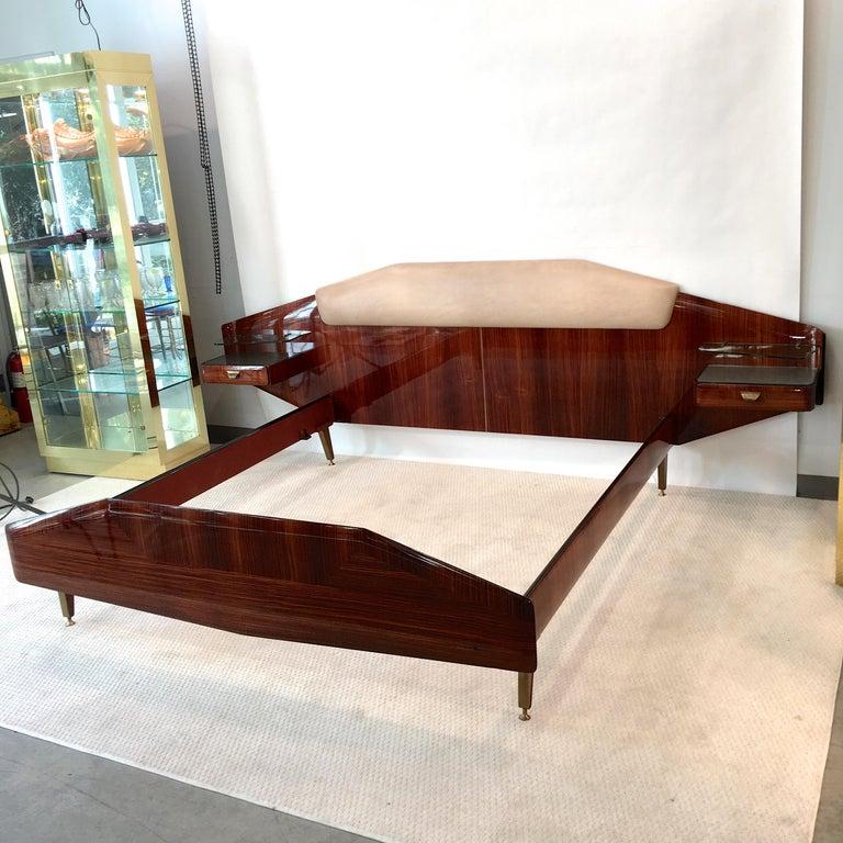 Mid-20th Century Silvio Cavatorta Pallisandro Queen Size Bed For Sale