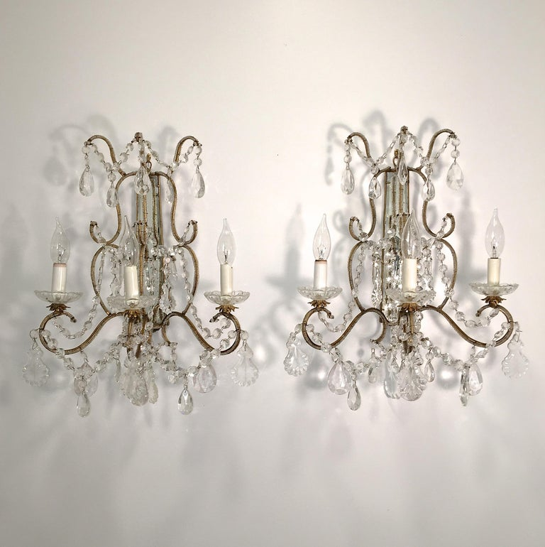 Pair of Florentine Beaded Gilt Metal and Crystal Sconces For Sale 3