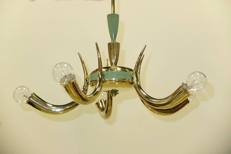 1950s Italian Brass Cornucopia Chandelier In Excellent Condition For Sale In Hingham, MA