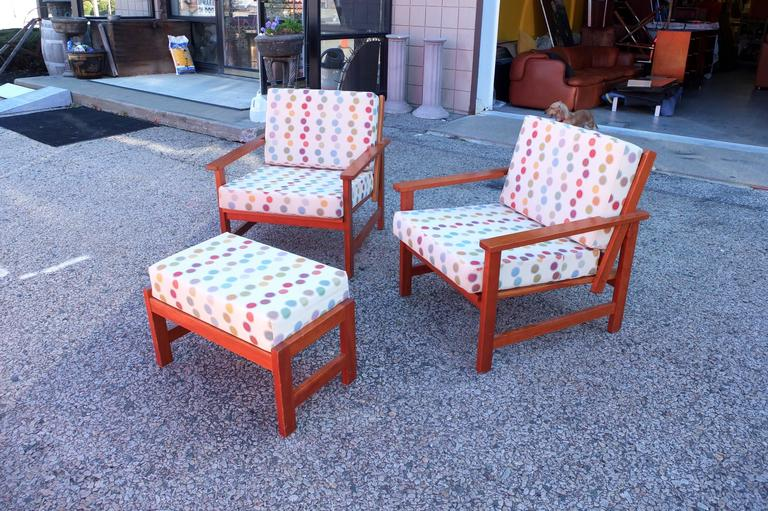 Charles Webb Pair of Cherry Lounge Chairs and Ottoman In Excellent Condition For Sale In Hingham, MA