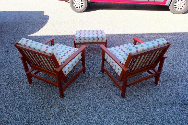 American Charles Webb Pair of Cherry Lounge Chairs and Ottoman For Sale