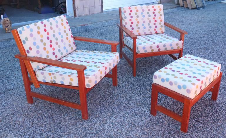 Late 20th Century Charles Webb Pair of Cherry Lounge Chairs and Ottoman For Sale