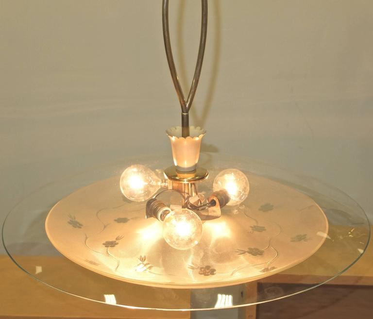 1950s Italian Glass UFO Pendant with Twisted Brass Stem For Sale 5
