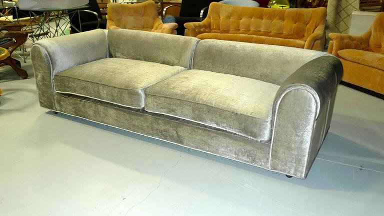 Dunbar 'Harlow Lounge' Sofa by Edward Wormley 10