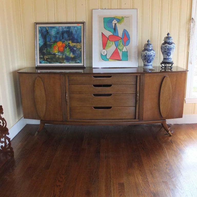 1950s Walnut Italian Sideboard by Adolfo Genovese For Sale 2