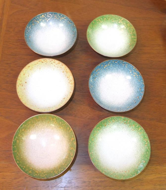 Set of Six Italian Enameled Copper Pin Dishes For Sale 2