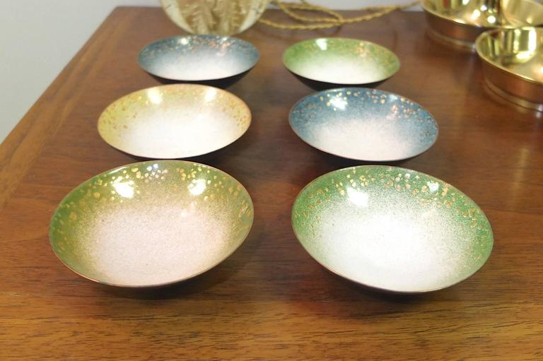 Mid-20th Century Set of Six Italian Enameled Copper Pin Dishes For Sale