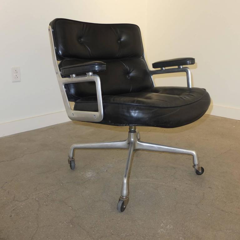 American 1960s Time Life Lobby Chair by Charles Eames for Herman Miller For Sale