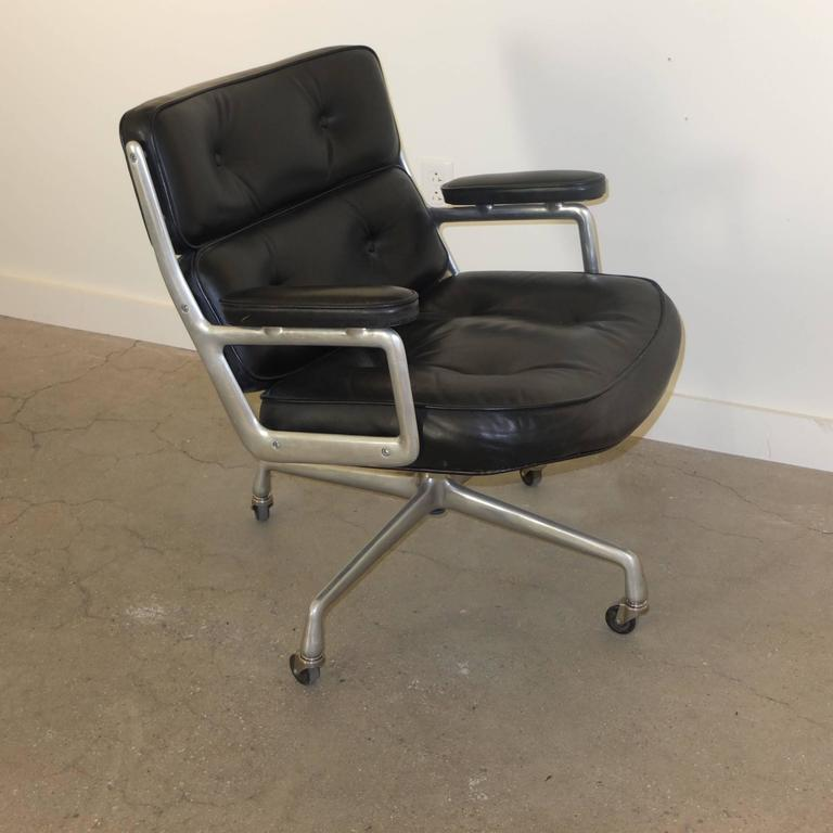 1960s Time Life Lobby Chair by Charles Eames for Herman Miller For Sale 3